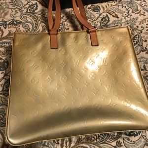 Louis Vuitton Authentic Columbus Vernis Bag